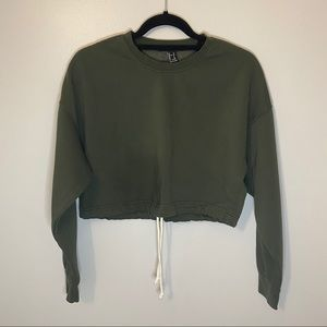 FOREVER CROPPED SWEATSHIRT